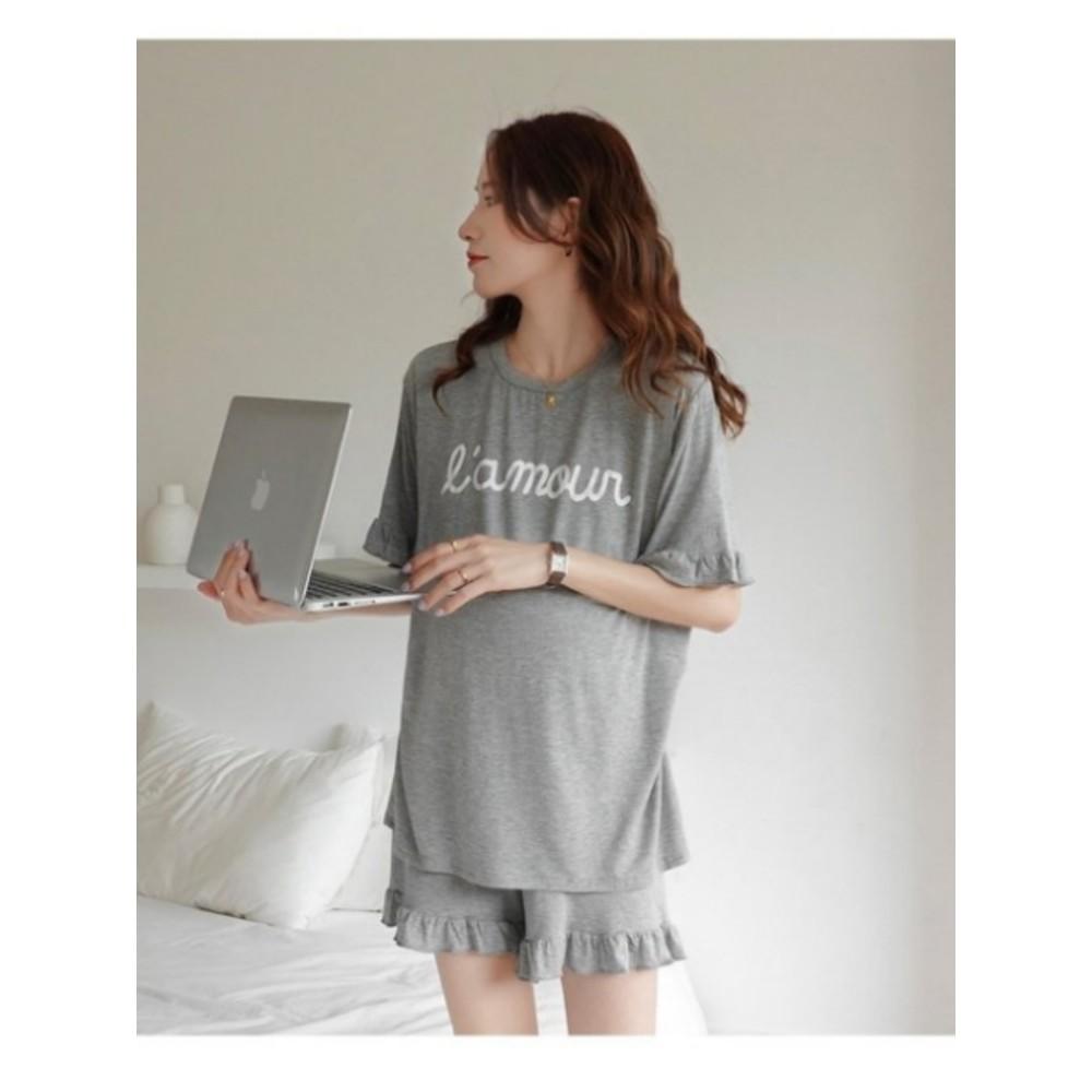 漂亮小媽咪 哺乳套裝 【BS5230】 字母 印花 輕柔 親膚 短袖 睡衣 哺乳衣 孕婦裝 月子服 套裝