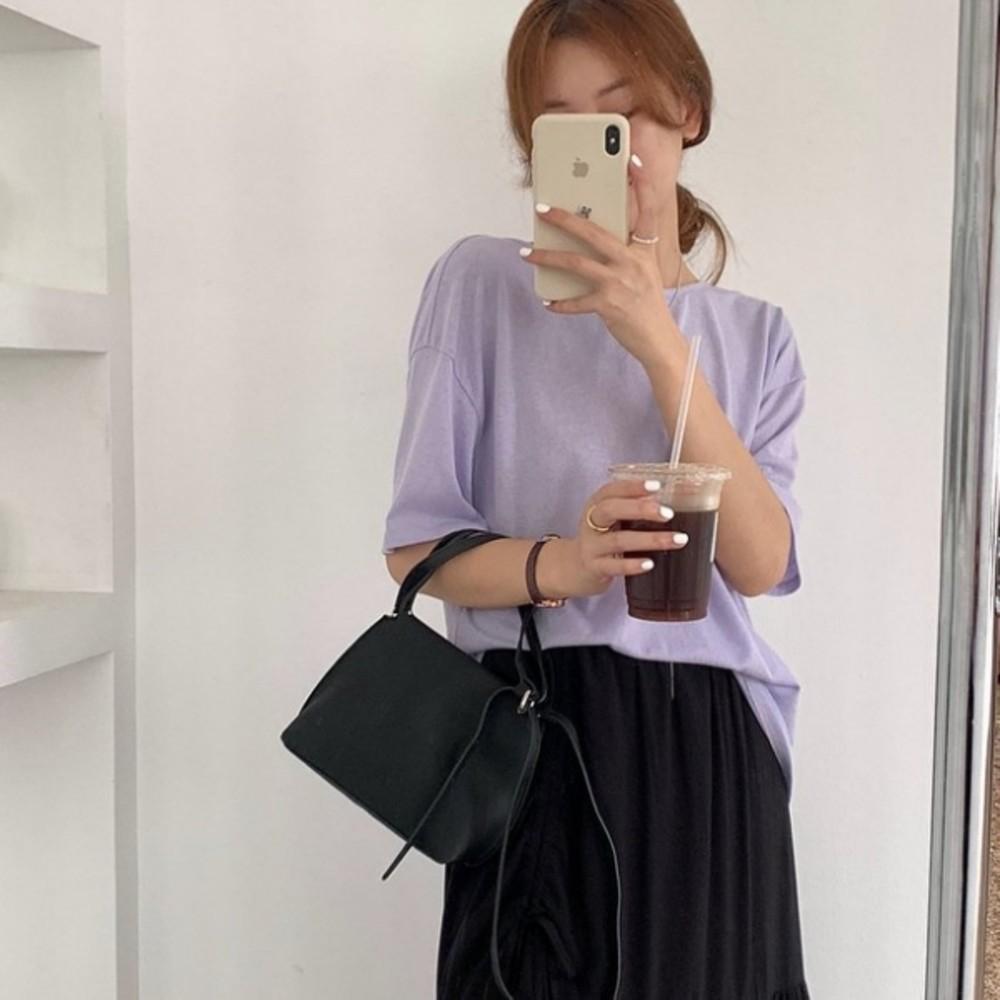 C1793-小心機休閒上衣 【C1793】純色雪花棉露背短袖T恤女韓