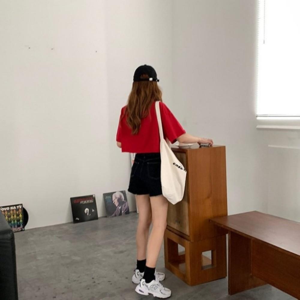 實拍 短款刺繡散口卷邊短袖T恤 【C9275】女韓系 寬鬆上衣