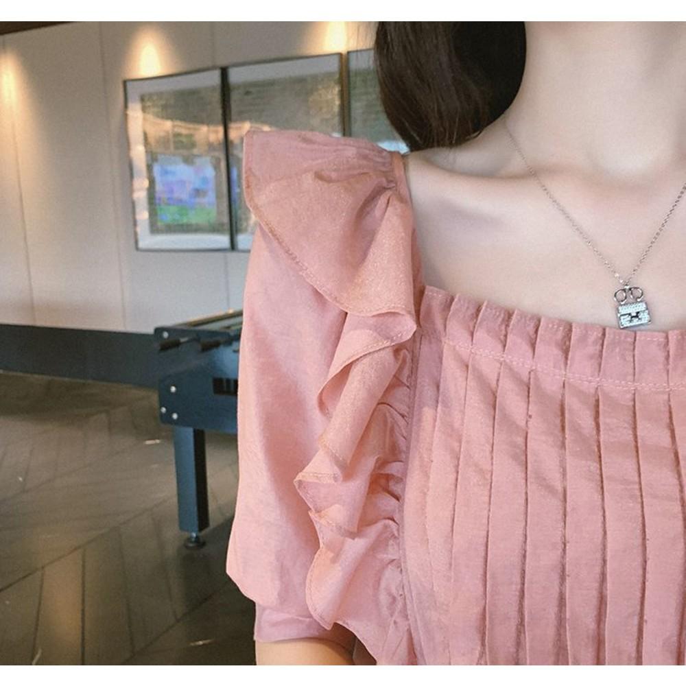 韓系 波浪 荷葉娃娃衫【CP6327】 方領 襯衫 中袖 純色  五分袖 上衣 碎花  只售上衣