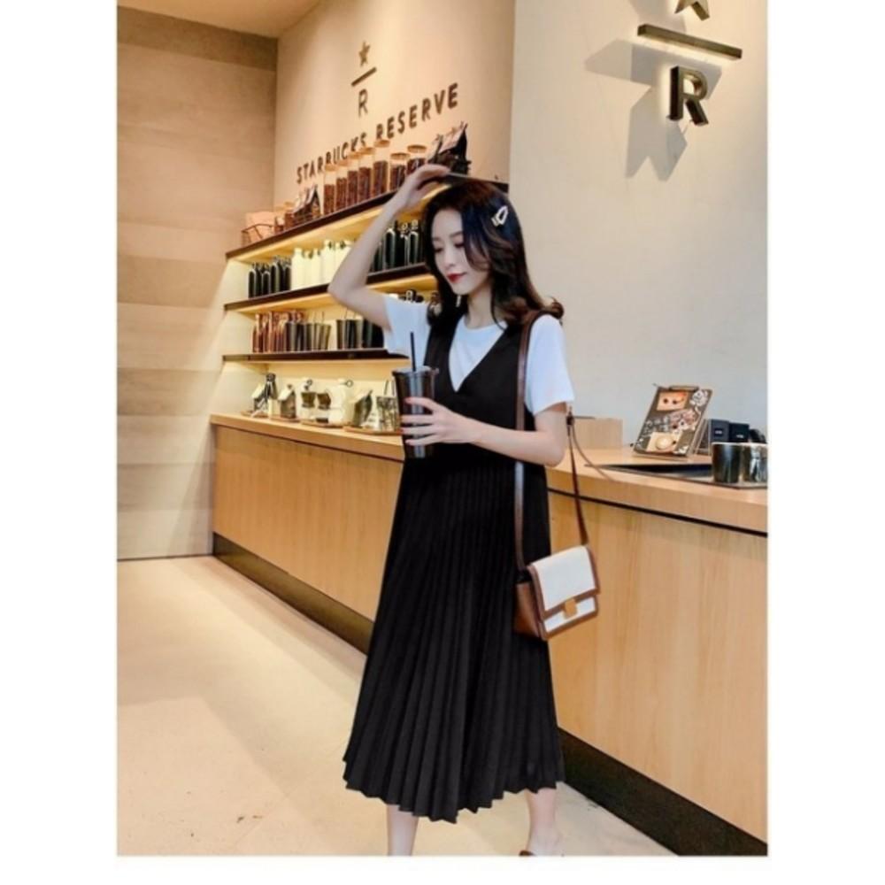 韓國大V領百褶背心裙【D0390】孕婦裝 洋裝 吊帶裙 本檔加送白T