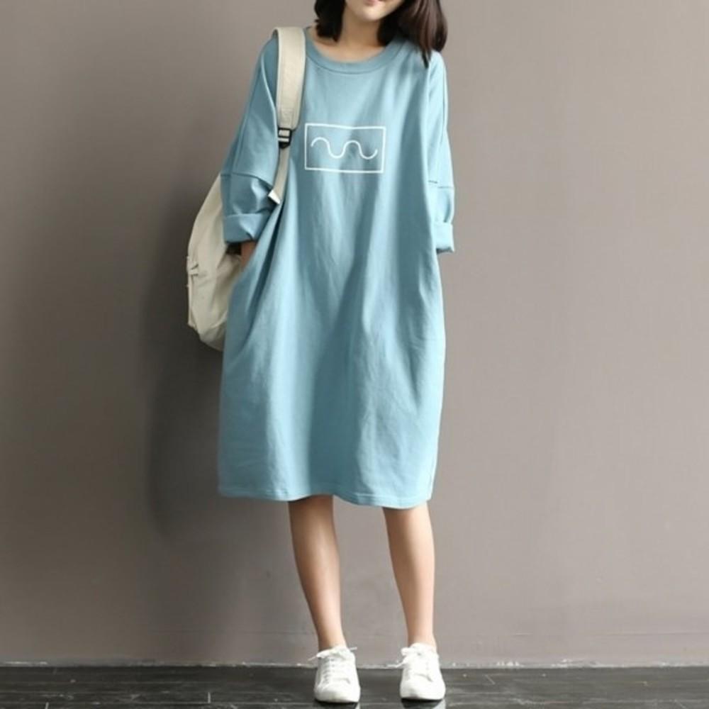 D5066-小清新洋裝 【D5066】 印花 寬鬆 舒適 蝙蝠袖 柔棉 七分袖 孕婦裝 過膝裙 加大碼