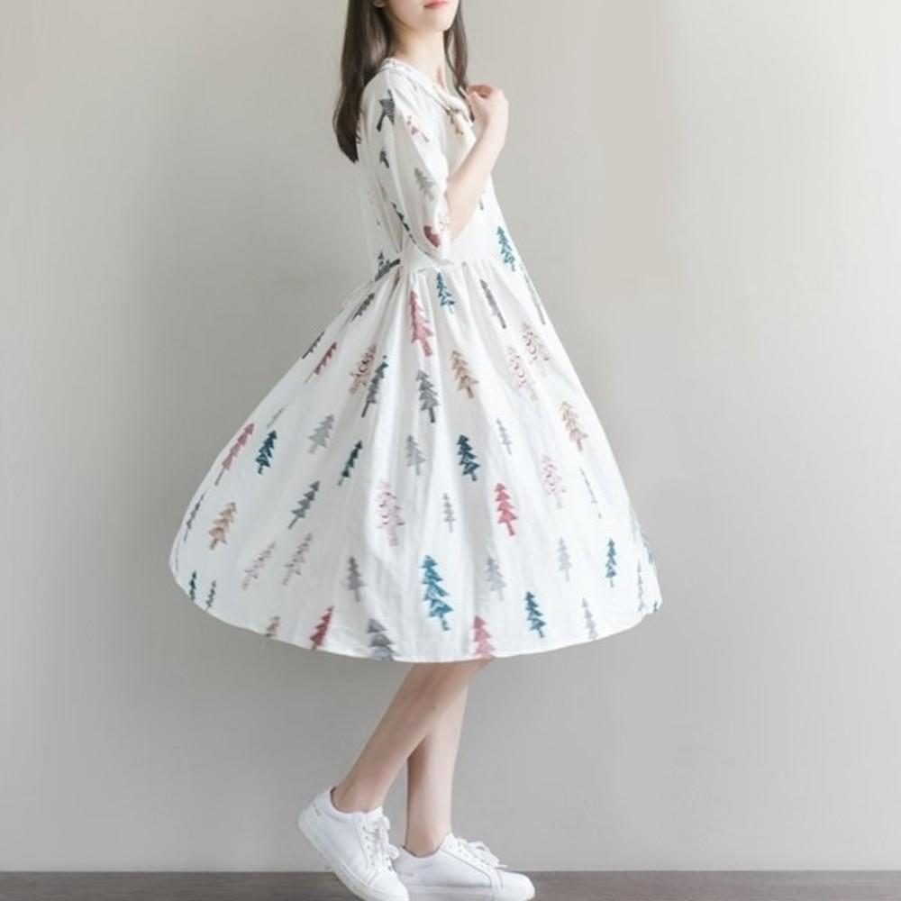 D7981-童趣洋裝 【D7981】 娃娃領 聖誕樹 五分袖 棉麻 加大 寬鬆洋裝 落肩 孕婦裝 孕婦裙