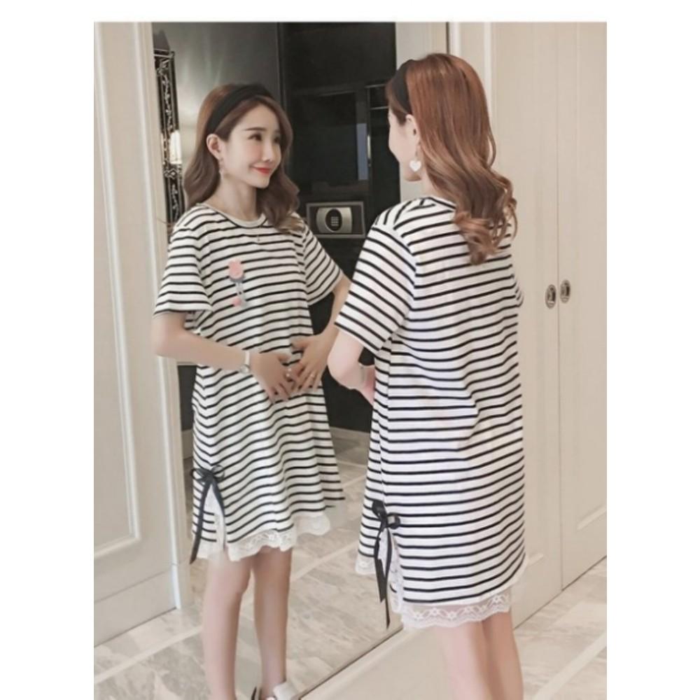 孕婦洋裝 【D8182】 條紋 短袖 蕾絲 拼接 孕婦裝 連身裙