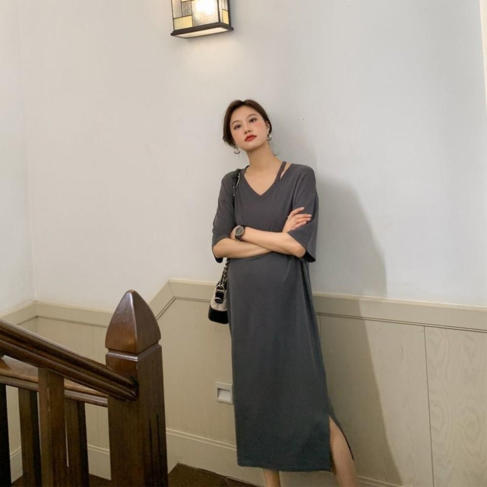 D9240-韓系 短袖 寬鬆 洋裝【D9240】短袖 V領 彈力 開叉 長裙 連衣裙 加大碼